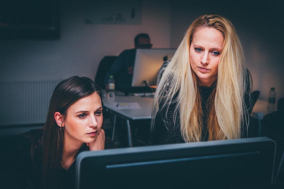 mujeres, síndrome del impostor, empoderamiento