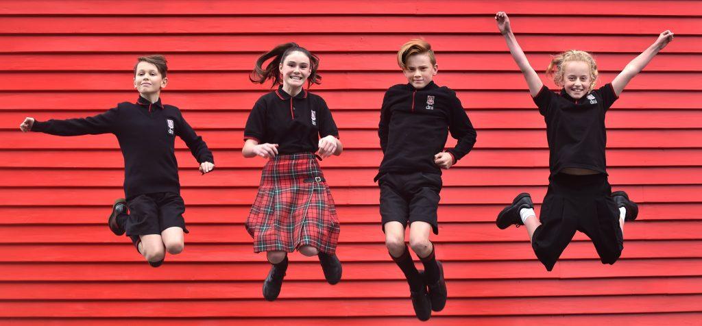 estereotipos-de-género-en-los-uniformes-escolares-coeducación-estereotipos