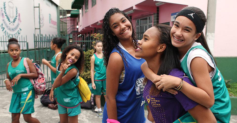 niñas brasileñas en el día internacional de la niña
